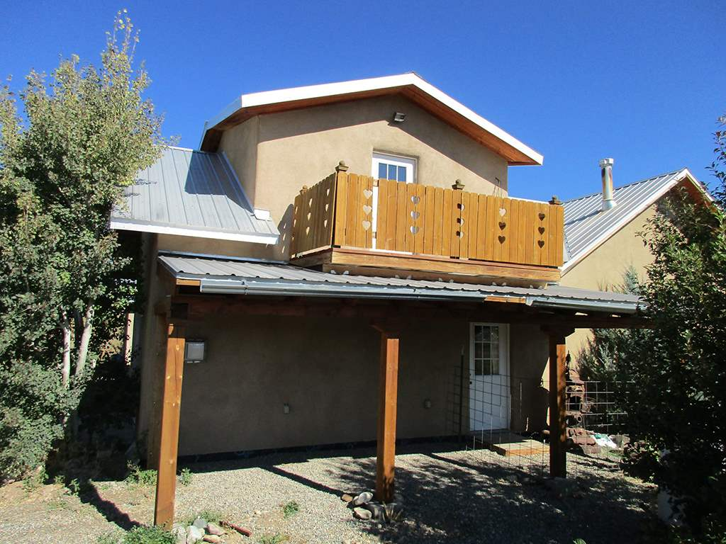 North New Mexico,Territorial, Single Family - Taos, NM (photo 4)