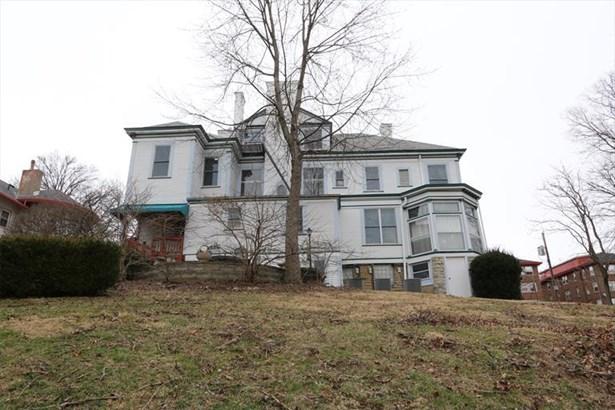 1005 Burton Ave, Cincinnati, OH - USA (photo 2)