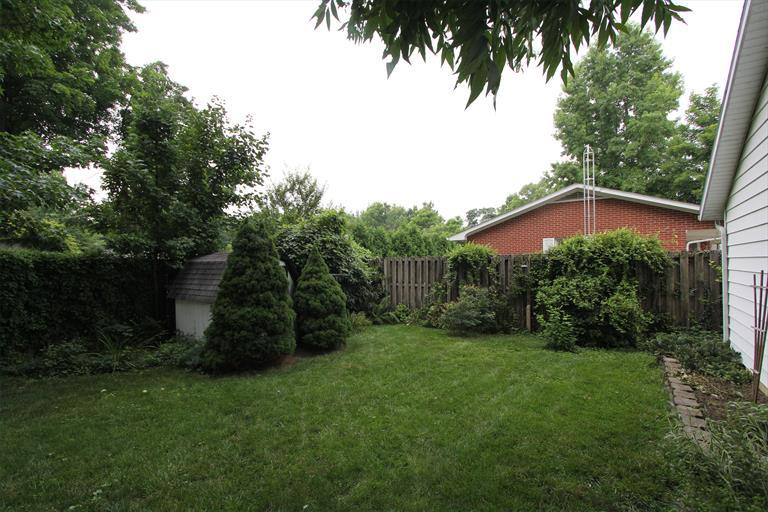 1037 Cliff St, Brookville, IN - USA (photo 5)
