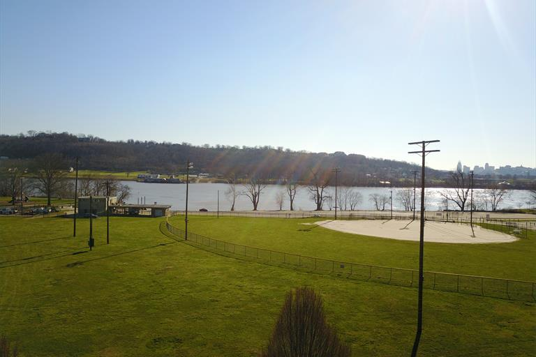 3001 A Riverside Dr, Cincinnati, OH - USA (photo 4)