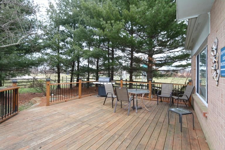 1590 Hunt Club Dr, Day Heights, OH - USA (photo 5)