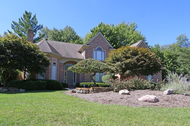 9693 Farmstead Dr, Symmes Twp, OH - USA (photo 1)