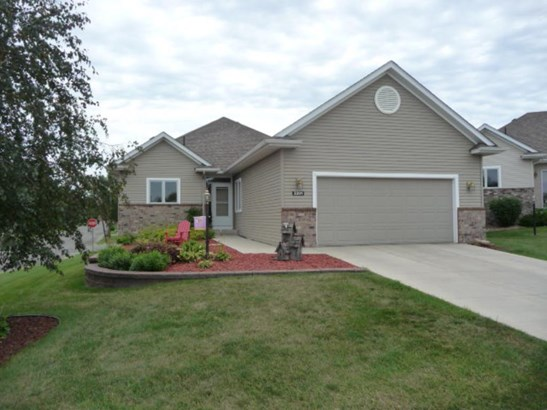 2201 Carter Court, Northfield, MN - USA (photo 1)