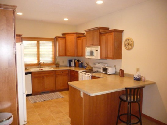 2201 Carter Court, Northfield, MN - USA (photo 2)