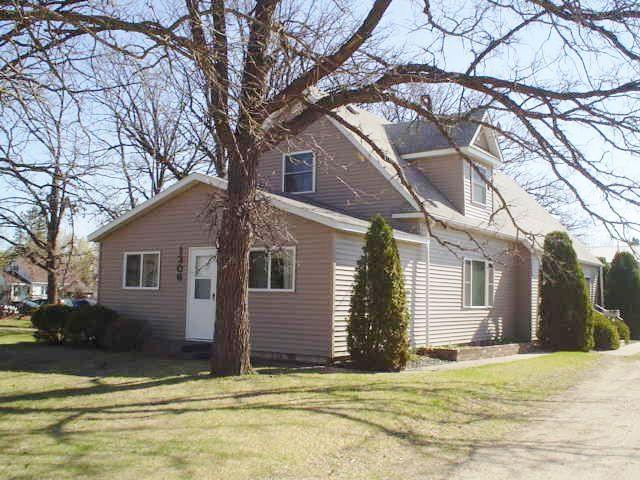 1306 Jefferson Street S, Wadena, MN - USA (photo 3)