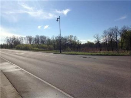 5005 220th Street N, Forest Lake, MN - USA (photo 1)
