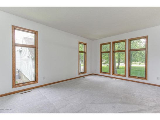 2131 Baihly Hills Drive Sw, Rochester, MN - USA (photo 4)