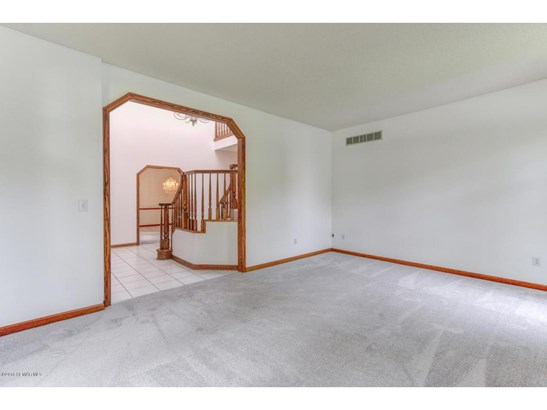 2131 Baihly Hills Drive Sw, Rochester, MN - USA (photo 5)