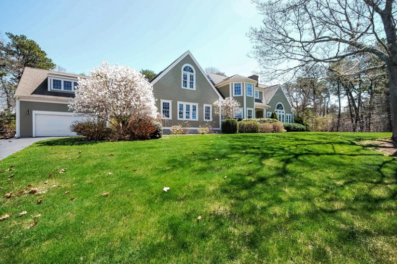 12 Chase Garden Lane, Yarmouth Port, MA - USA (photo 3)