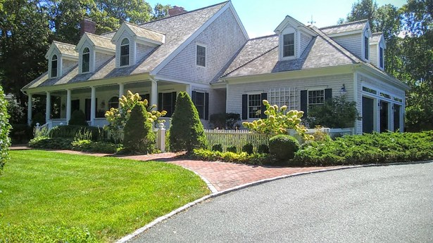 45 Hathaway Road, Osterville, MA - USA (photo 2)