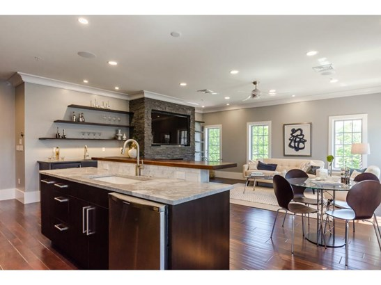 Contemporary,Townhouse, Condo - Portsmouth, NH (photo 4)