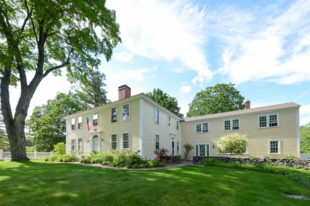 Antique,Colonial,Federal, Single Family - Hollis, NH (photo 3)