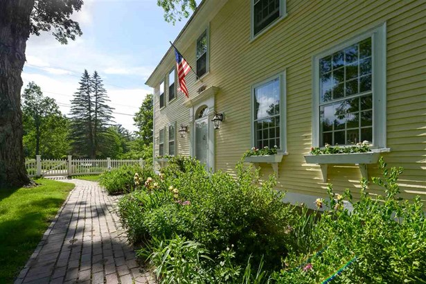 Antique,Colonial,Federal, Single Family - Hollis, NH (photo 4)