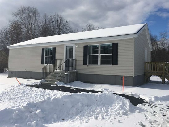 Mobile Home, Manuf/Mobile,Ranch - Hopkinton, NH (photo 1)