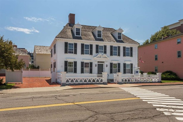 Antique,Historic Vintage, Single Family - Portsmouth, NH (photo 2)