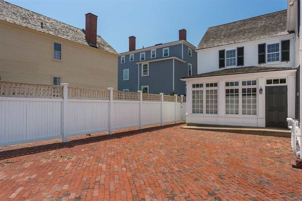 Antique,Historic Vintage, Single Family - Portsmouth, NH (photo 4)