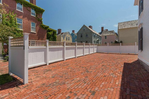 Antique,Historic Vintage, Single Family - Portsmouth, NH (photo 5)