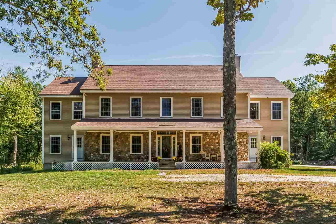 Colonial,Farmhouse,w/Addition, Single Family - Auburn, NH (photo 1)