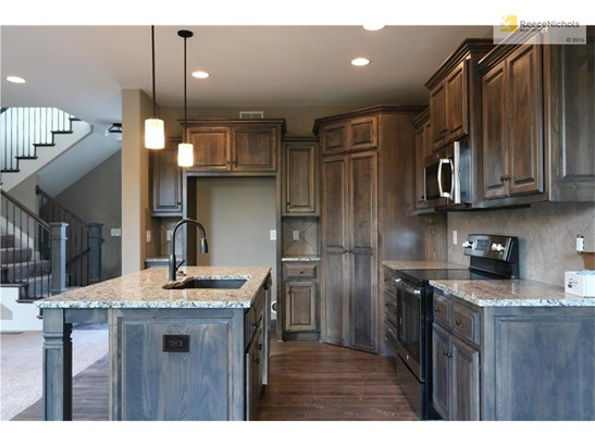 28615 W 162nd Place, Gardner, KS - USA (photo 2)