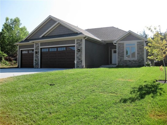 Wonderful 4 bedrm 3 bath ranch, granite, wood and tile floors, beautiful trim work - to be complete in 45-60 days (photo 1)
