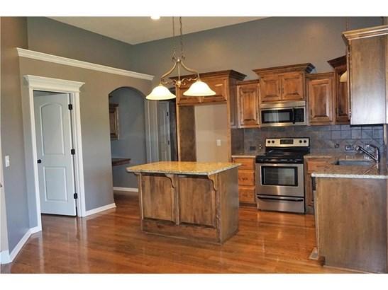Island kitchen- Granite Counters, Custom Cabinetry, (photo 5)