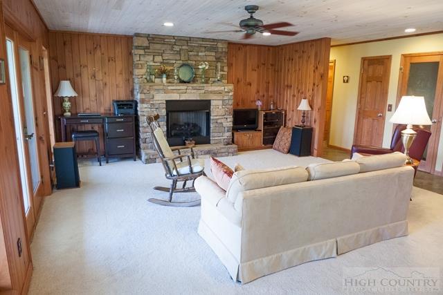 Cottage,Mountain, Single Family - Fleetwood, NC (photo 2)