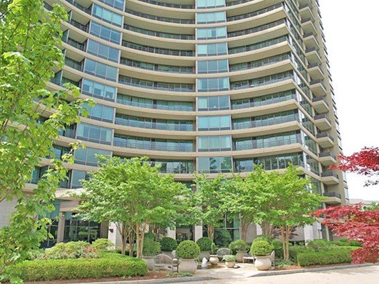700 Park Regency Place 906, Atlanta, GA - USA (photo 1)