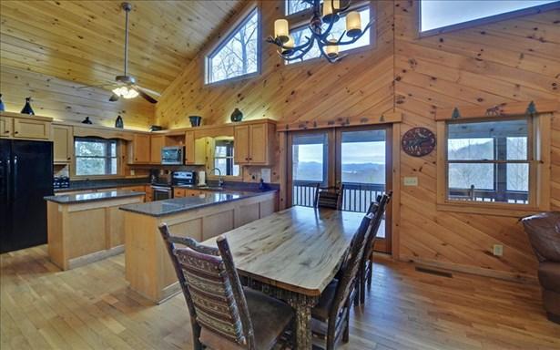 184 Greenridge Trail, Blue Ridge, GA - USA (photo 2)