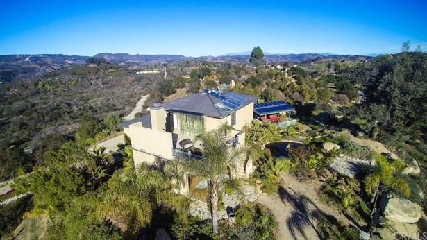 Single Family Residence, Contemporary,Custom Built,Modern - Fallbrook, CA (photo 4)
