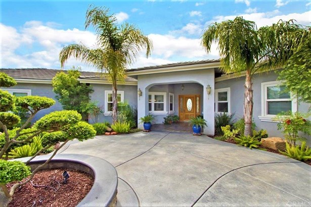 Mediterranean, Single Family Residence - Sage, CA (photo 5)
