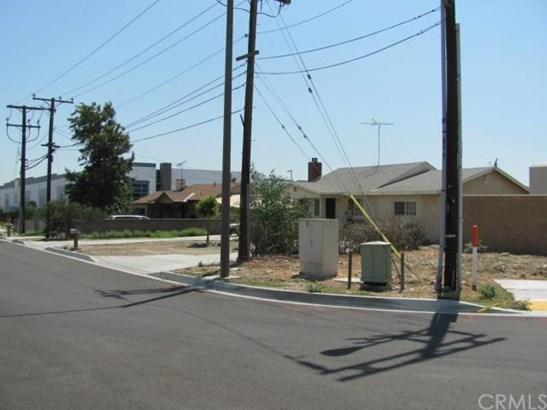 Single Family Residence, Traditional - Rialto, CA (photo 1)