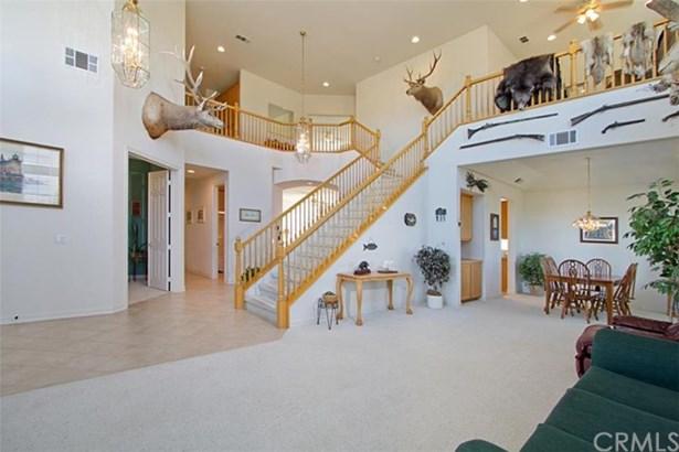 Single Family Residence, Contemporary - Temecula, CA (photo 4)