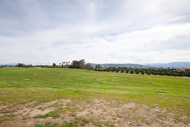Ranch, Manufactured on Land - Temecula, CA (photo 2)