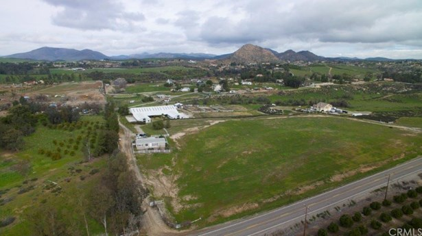 Ranch, Manufactured on Land - Temecula, CA (photo 3)