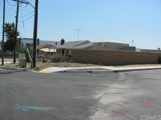 Single Family Residence - Rialto, CA (photo 5)
