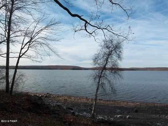 Detached, Log Home - Tafton, PA (photo 5)