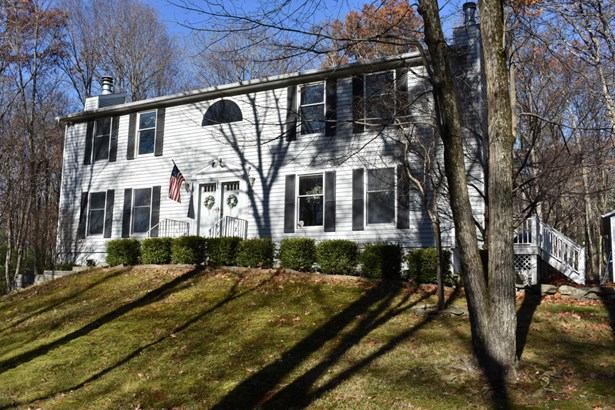 Colonial, Detached - Greeley, PA (photo 2)
