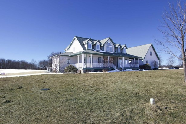 Farm House, Detached - Honesdale, PA (photo 1)