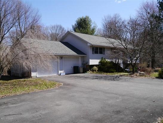 Bi-Level, Detached - Honesdale, PA (photo 1)
