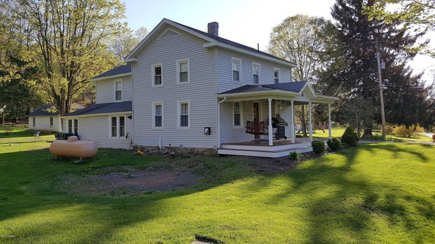 Farm House, Detached - Waymart, PA (photo 3)