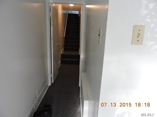 Rental Home, Apt In House - Flushing, NY (photo 3)