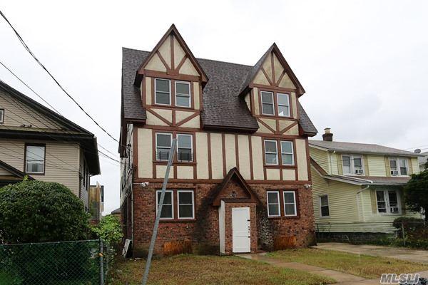 Colonial, Multi-Family - Hempstead, NY (photo 1)