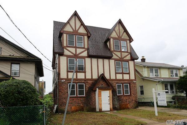 Colonial, Multi-Family - Hempstead, NY (photo 2)