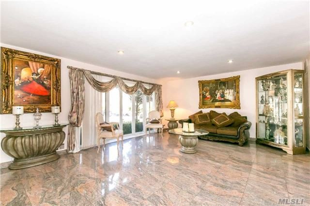 Residential, Colonial - Manhasset Hills, NY (photo 4)