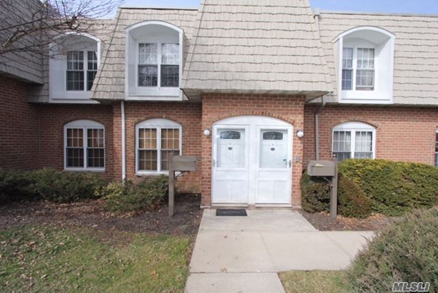 Co-Op, Residential - Wheatley Heights, NY (photo 1)
