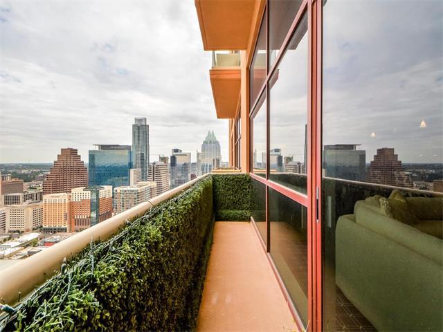 Condo, High Rise (8-13 Stories) - Austin, TX (photo 1)