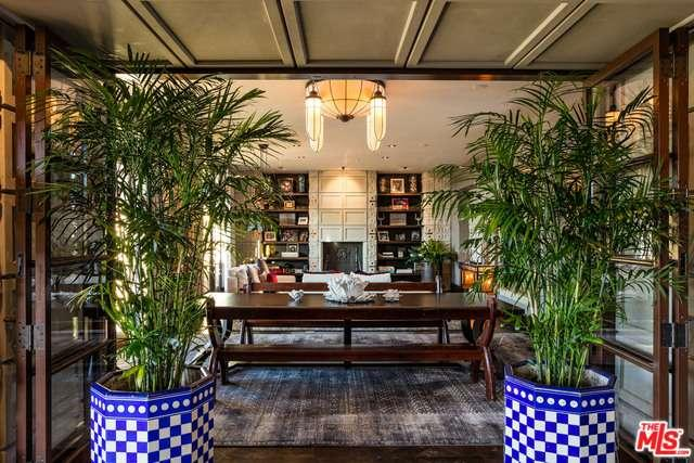 Condominium, Spanish Colonial - Beverly Hills, CA (photo 3)