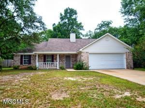 1301 Spruce Street, Ocean Springs, MS - USA (photo 1)