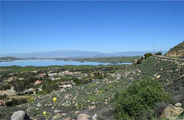 Bentley & Onaknoll, Lake Mathews, CA - USA (photo 1)