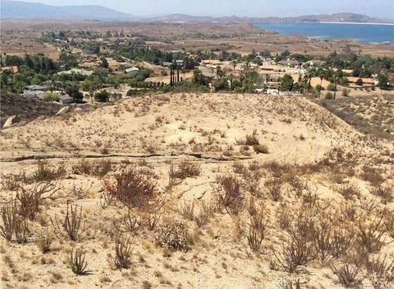 Bentley & Onaknoll, Lake Mathews, CA - USA (photo 4)